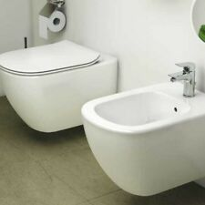 Sanitari Sospesi Ideal Standard Tesi AquaBlade wc, bidet e sedile slim