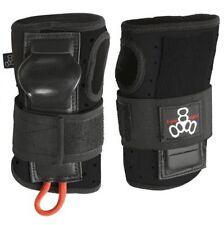 Protections noirs pour skate, roller et trottinette