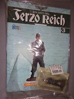 SOLDATO + FASCICOLO SOLDATI DEL TERZO REICH N° 3  COMANDANTE PANZER HOBBY WORK