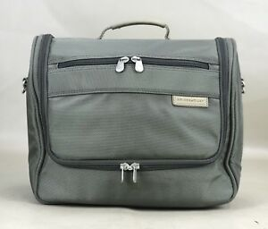 """Briggs & Riley Travelware 14"""" Toiletry Kit Hanging Travel Tote Olive"""
