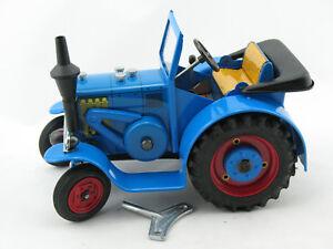 Blechspielzeug - Traktor Eilbulldog HR7, von KOVAP    0365