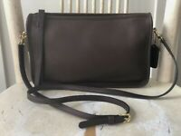 COACH Basic Bag Style 9455 Brown Leather Brass Vintage Crossbody Shoulder Purse