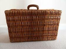 More details for picnic/storage basket