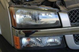Passenger Headlight Classic Style Fits 05-07 SILVERADO 1500 PICKUP 531641