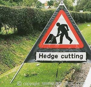 Roll Up Road Signs   Folding Road Signs
