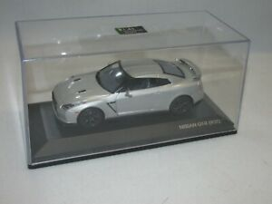 2009 Nissan GT-R * 1/43 Scale * Silver * Signature Series * FREE SHIPPING!!