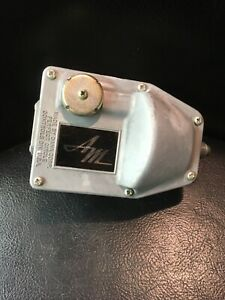 AMC Rambler Rebel  Ambassador 3194134 cruise control regulator