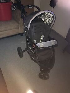 Baby Trend Black Car Seat & Stroller Travel System