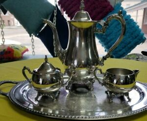 VINTAGE ONEIDA SILVERPLATE TEA SERVICE SET 4 PIECE  w Rogers silver-plated tray
