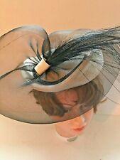 Sonni San Francisco Womens Ivory Straw & Black Net Feather Fascinator Hat