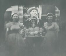 ANTIQUE GRAND OLE OPRY ? COWBOY ROY ROGERS COWGIRLS SINGER TV OLD SNAPSHOT PHOTO