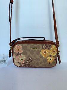 COACH 66666 Prairie Sadie Floral Faux leather Crossbody Bag Multi Wristlet