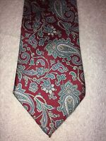 VAN HEUSEN MENS TIE 3 X 58 RED WITH GREEN AND BLUE PAISLEY
