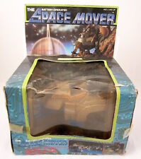 """RARISSIMO BATTERY OPERATED SPACE MOVER """"CHARGER"""" ECHO TOYS1983 !"""