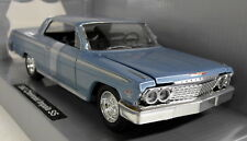 Newray 1/25 Scale 71843 1962 Chevrolet SS Impala Blue Diecast model car