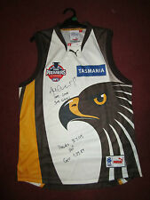 SHANE CRAWFORD 2008 PREMIERS WITH SCORES AND CAREER GAMES SIGNED HAWTHORN JUMPER