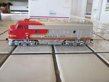 athearn Santa Fe powered engine Ho scale /