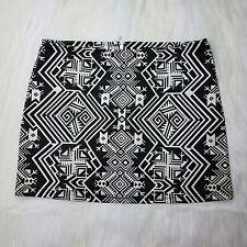 Forever 21 Women's Black & White Tribal Print Skirt Size L