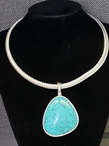 """Premier Designs-Turquoise """"Cabo"""" Pendant On Silver Omega-Stunning-Signed"""