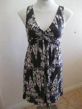 Ladies Grey & White Sleeveless Dress Size 10