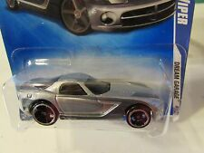 Hot Wheels 2006 Dodge Viper Dream Garage Silver