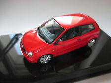 Volkswagen VW Polo Typ 9N 9 n rot rouge rosso red, Autoart in 1:43 DEALER BOXED
