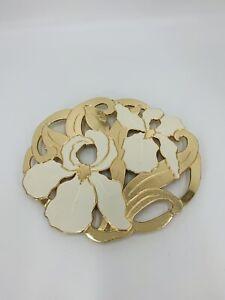 VINTAGE TRIVET WM. A. ROGERS LTD. GOLD AND WHITE IRIS  FLOWERS