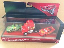 DISNEY Cars Diecast-Cars 3 RACING 3 Pack-Cars 3 Mack, Chick Hicks Con Cuffie