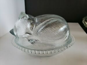 VINTAGE INDIANA GLASS SLEEPING CAT ON BASKET CANDY TRINKET DISH WITH LID