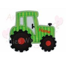 Traktor mit Name grün Applikation Aufbügler Aufnäher Patch Bügelbild Sticker