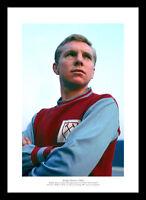 Bobby Moore 1962 West Ham United Photo Memorabilia (801)