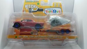Greenlight Hitch & Tow 2017 Dodge Ram w/tree Toys R Us Blue Machine Super Chase