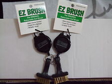 2X EZ Golf Brush Retractable Cord Groove Cleaner Tool-A PERFECT GIFT Frogger NEW