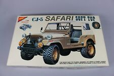 ZF1348 Nichimo 1/16 maquette voiture MC-1607-2500 Jeep CJ-5 Safari Soft Top