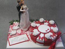 Schöne Verpackung Geldgeschenke Hochzeit/ Brautpaar mit Torte