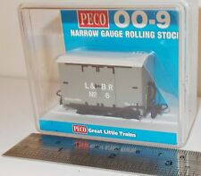 Peco GR-220D - Lynton & Barnstaple Box Van, L&BR Grey (No.6)          New  (009)