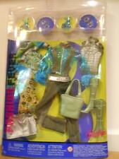 Barbie FASHION FEVER CLOTHES CLOSET MIX AND MATCH G9050