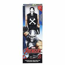 Marvel Vengadores Titan Hero Series 12 in (approx. 30.48 cm) Marvel's Calavera Figura B7232