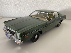 Rick Hunter 1977 Dodge Monaco 19045 1/18 Greenlight