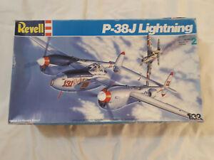 Revell P-38J Lightning 1:32 4749