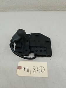 2015 - 2018 Ford Edge 2.0 Turbo Junction Fuse Box OEM