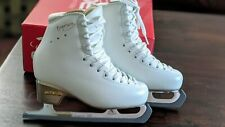 Edea Overture 220 C Figure Skates with Aspire Xp blades Only Worn Twice!