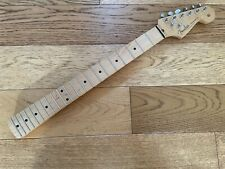 Fender Stratocaster Maple Neck Standard Series - 2018 Mexican - Loaded