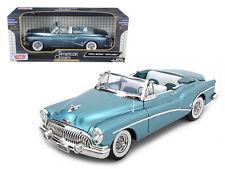 Motor Max 1/18 1953 Buick Skylark Convertible Blue Diecast Car Model 73129