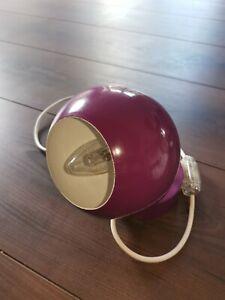 Kleine Kugellampe Wandlampe Magnet lila tolles Design
