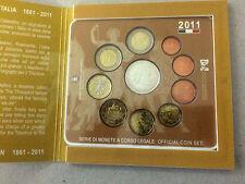 Moneta Repubblica ITALIANA - DIVISIONALE 2011 CON 5,00 EURO IN ARGENTO     10/16