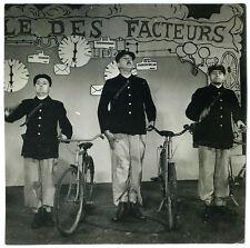 Photo vintage cinéma Jacques Tati - L'école des Facteurs circa 1947 postier