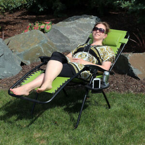 Sunnydaze Green Zero Gravity Outdoor Lounge Chair with Pillow and Cup Holder