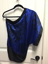 One Cold Shoulder STUDIO Y SMALL S Black Blue Floral  Shirt Top Blouse  D3-460