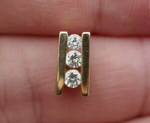 Vintage 14kt Yellow Gold & Natural Earthed Diamond Graduating Pendant - 1.4 Gm.